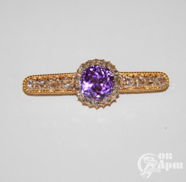 Брошь с аметистом и алмазами