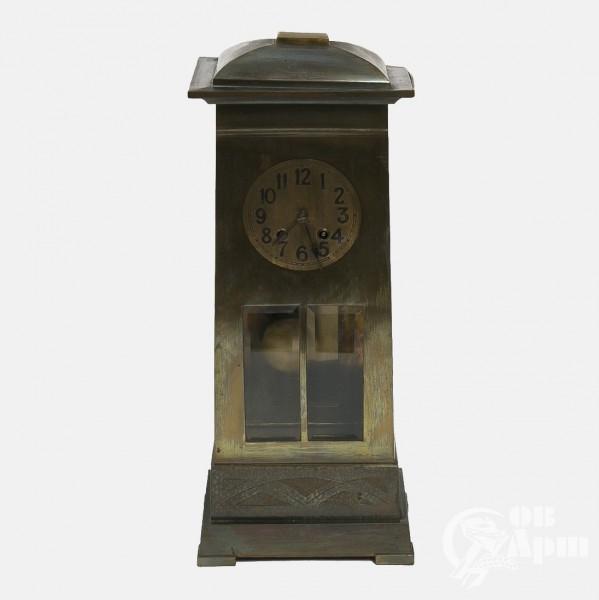 Часы настольные в стиле Ар-деко