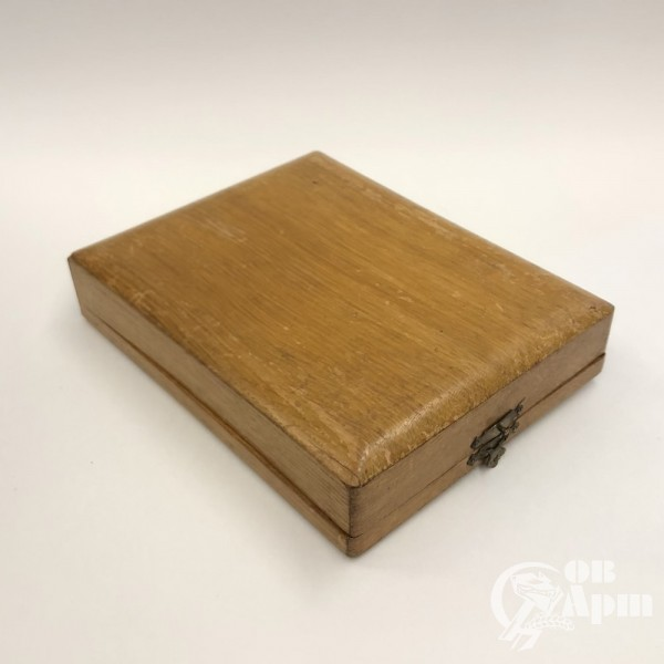 Серебряный чайный набор в коробке