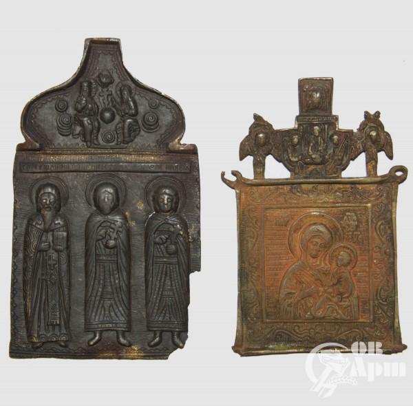 """Две иконы: """"Святые Антипий, Флор и Лавр""""(№16), """"Богородица Тихвинская""""(№17)"""