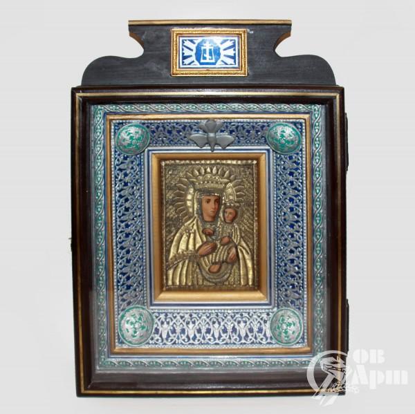 """Икона """"Богоматерь Ладинская"""" в окладе и киоте"""