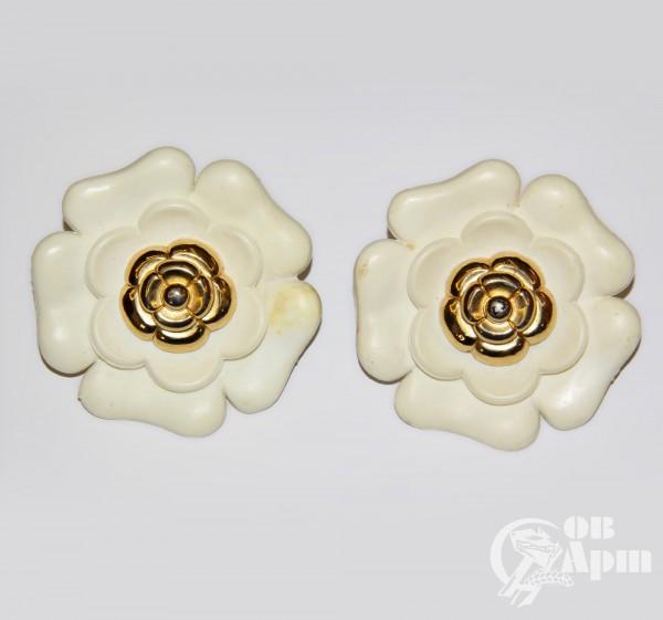"""Клипсы CHANEL """"Белые цветы"""""""