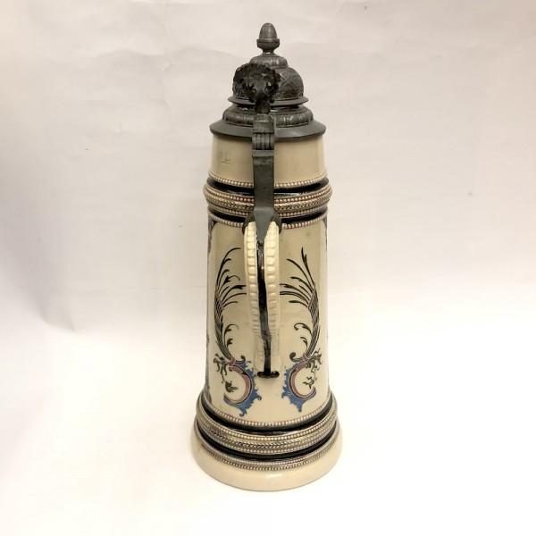 Коллекционная пивная кружка с изображением рыцаря