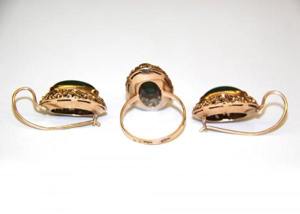 Кольцо и серьги с нефритом
