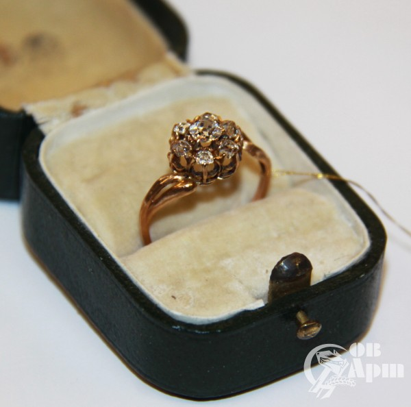 """Кольцо """"Малинка"""" с бриллиантами"""