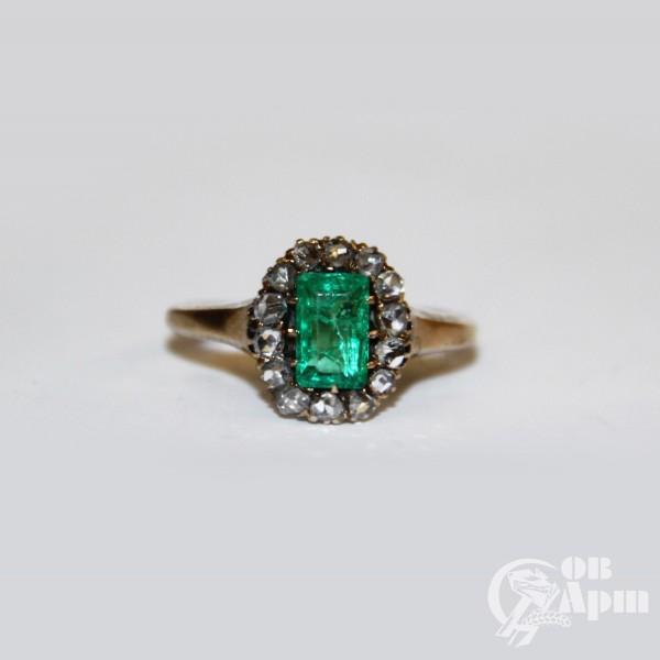 """Кольцо """"Малинка"""" с изумрудом и алмазами"""