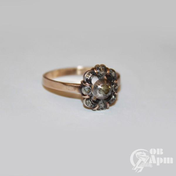 Кольцо с алмазами