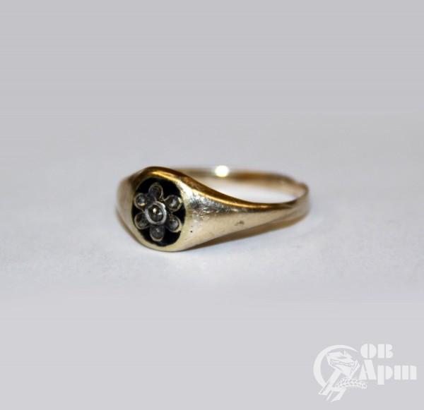 Кольцо с алмазами черной эмалью