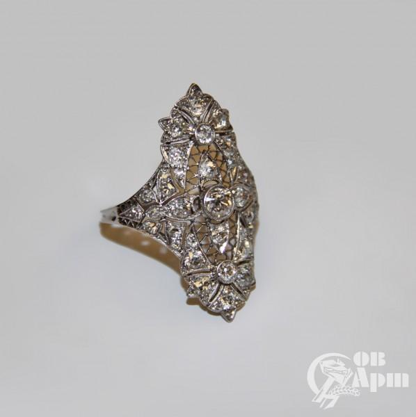 Кольцо-маркиз с бриллиантами