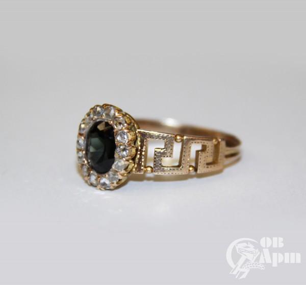 Кольцо с бриллиантами шпинелью