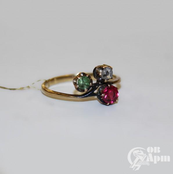 Кольцо с бриллиантом, демантоидом и дублетом