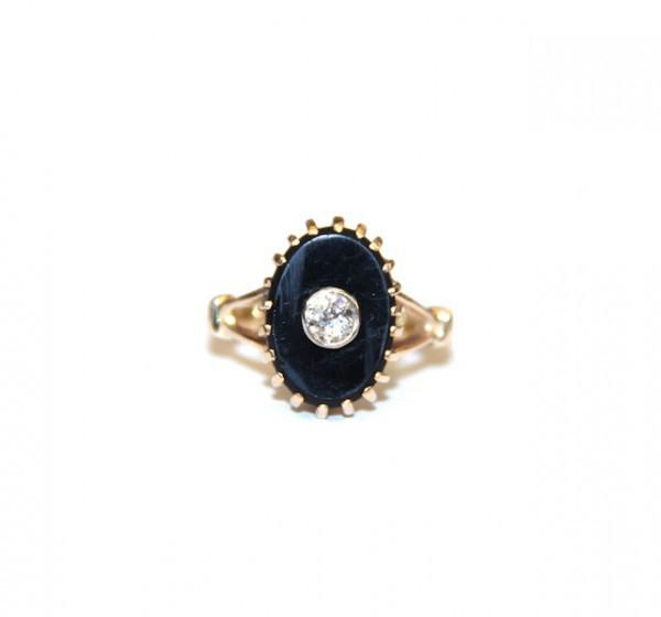 Кольцо с бриллиантом и агатом