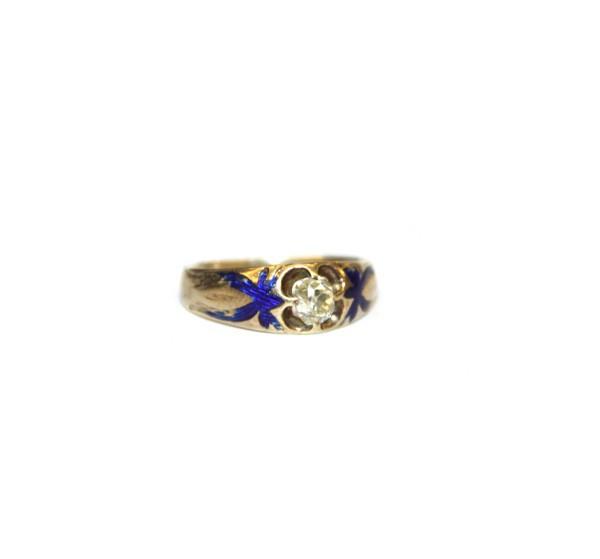 Кольцо с бриллиантом и синей эмалью
