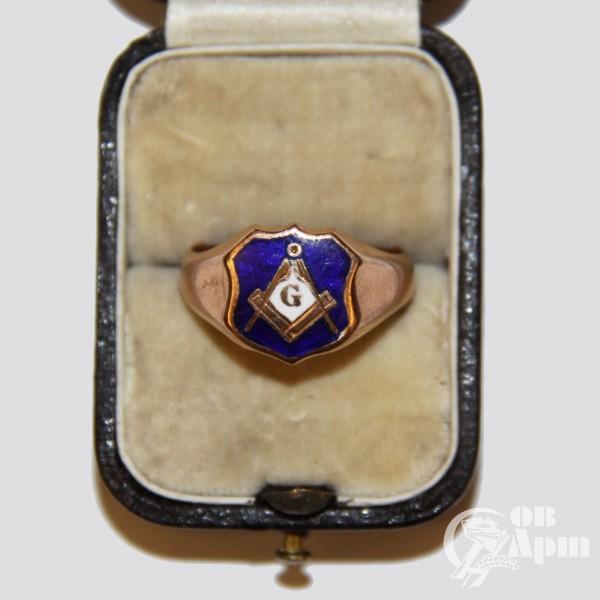 Кольцо с массонской символикой