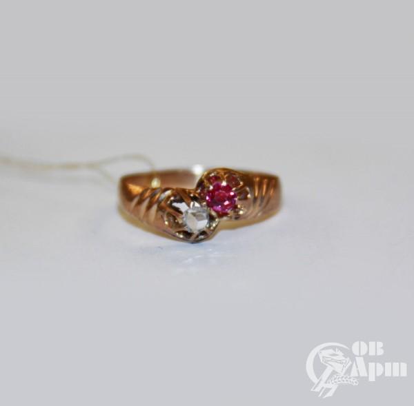 Кольцо с рубином и алмазом