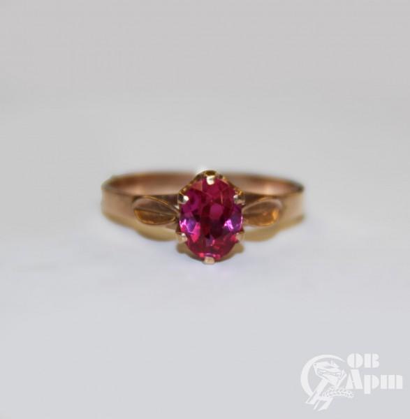 Кольцо с выращенным рубином