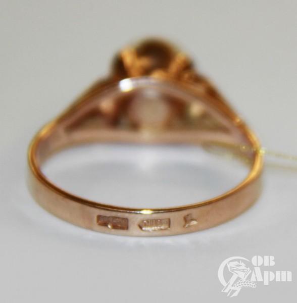 Кольцо с жемчугом