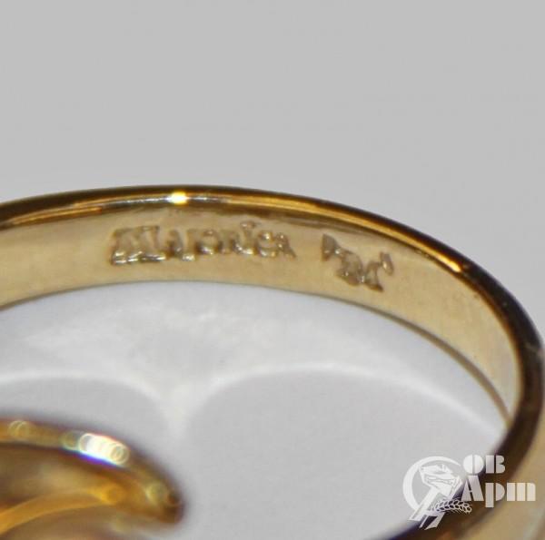Кольцо с жемчугом фирмы Majorica