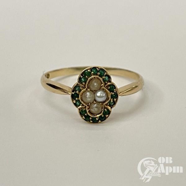 Кольцо с жемчугом и ювелирными стеклами