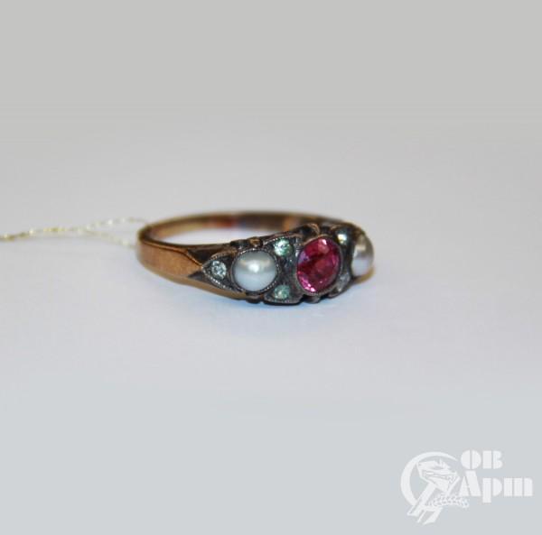 Кольцо с жемчугом и рубином