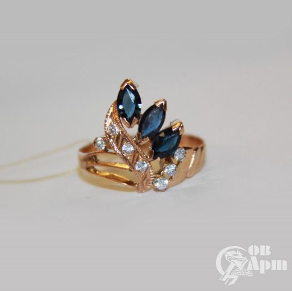 Комплект:кольцо и серьги с сапфирами и фианитами