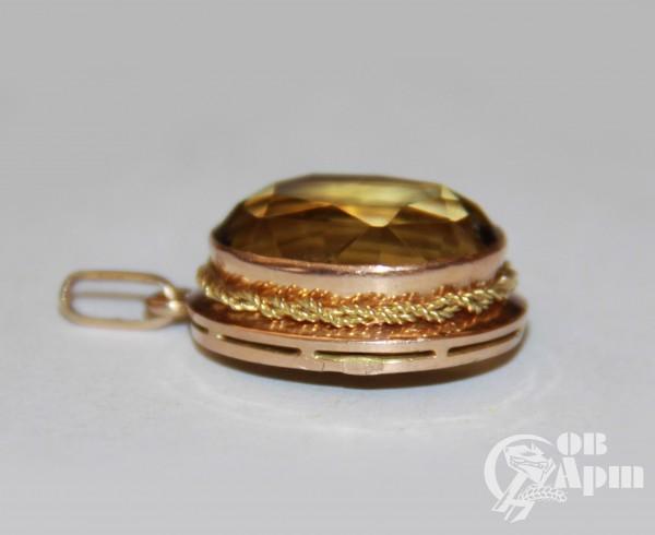 Комплект с цитринами: кольцо и подвеска