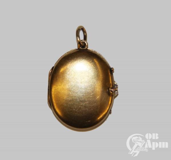 Медальон с демантоидом