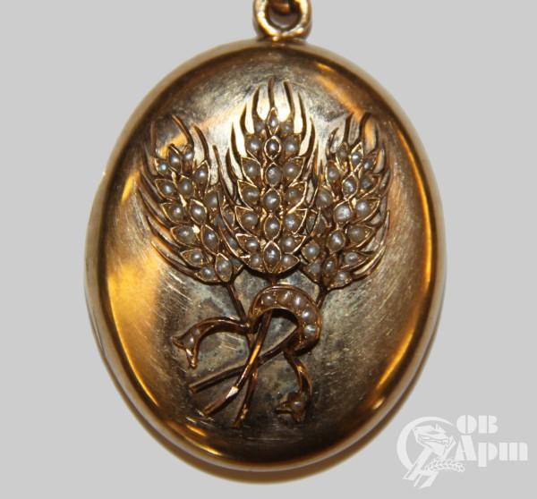 Медальон с изображением колосьев