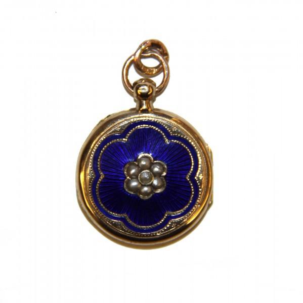 Медальон с синей эмалью