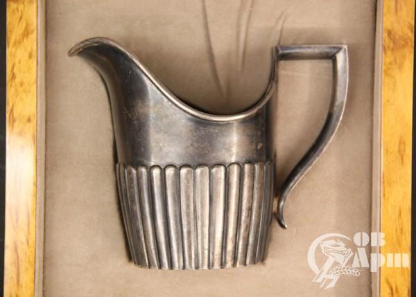 Молочник серебрянный фирмы Фаберже