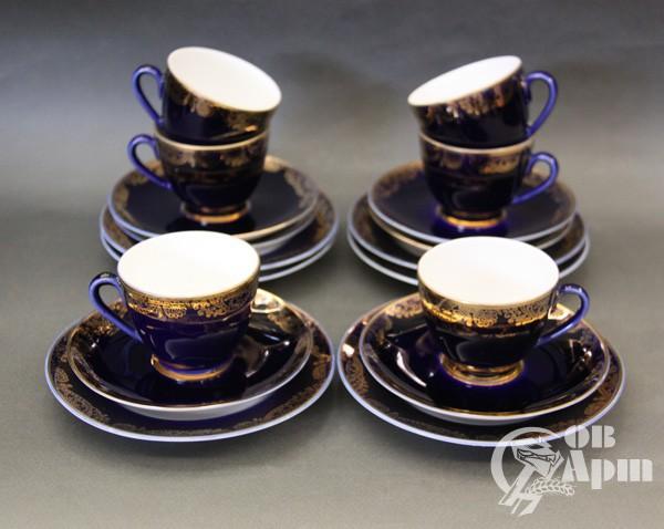 Набор кофейных пар и десертных тарелок