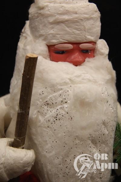 """Новогодняя игрушка-украшение """"Дед Мороз с ёлочкой"""""""