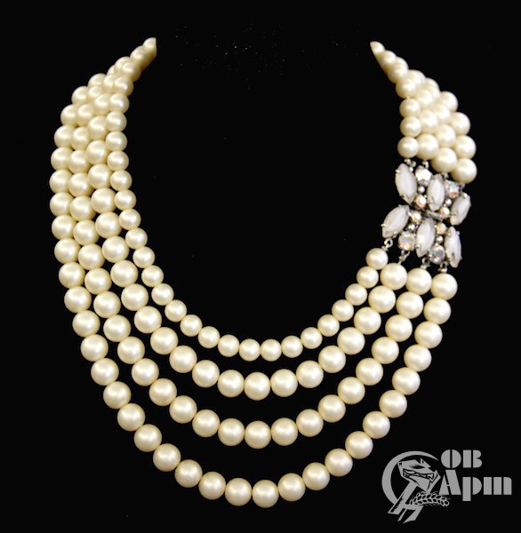 Ожерелье Schiaparelli