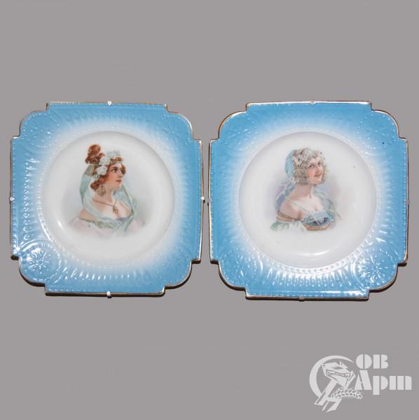 Парные декоративные тарелки с женскими портретами
