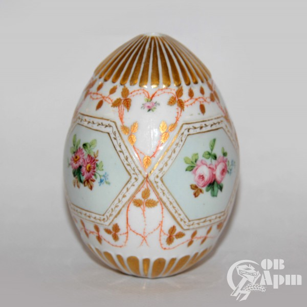 Пасхальное яйцо c цветами