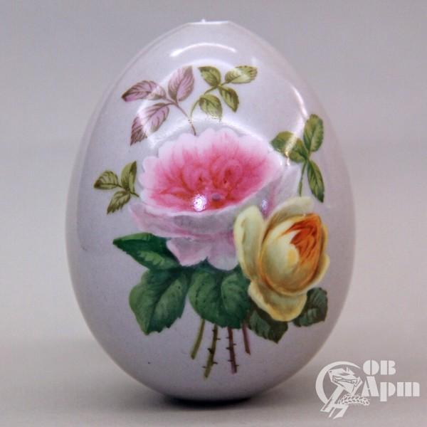 Пасхальное яйцо с изображением букета