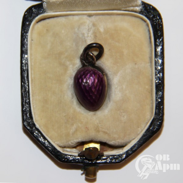 Подвеска яйцо пасхальное с фиолетовой эмалью