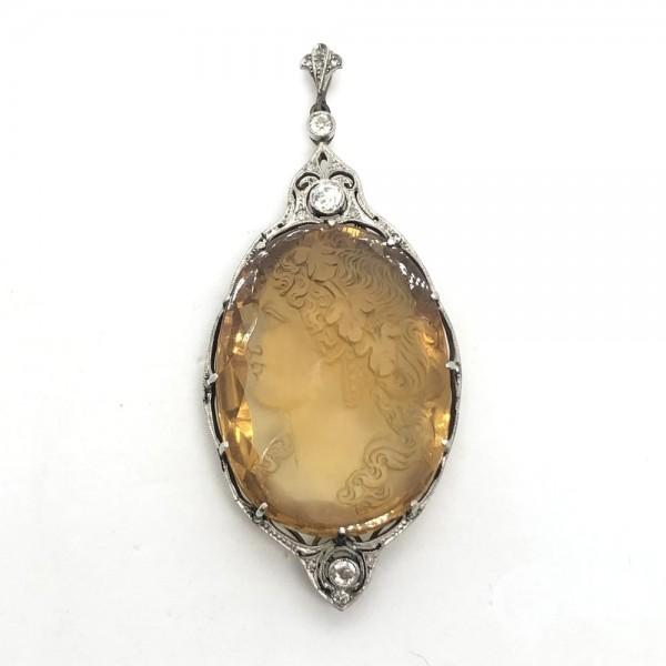 Подвеска с цитрином, бриллиантами и алмазами на цепи