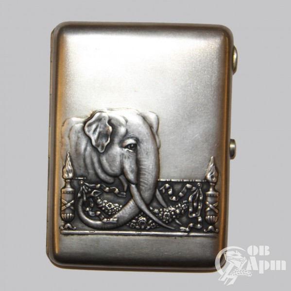 Портсигар с изображением слона