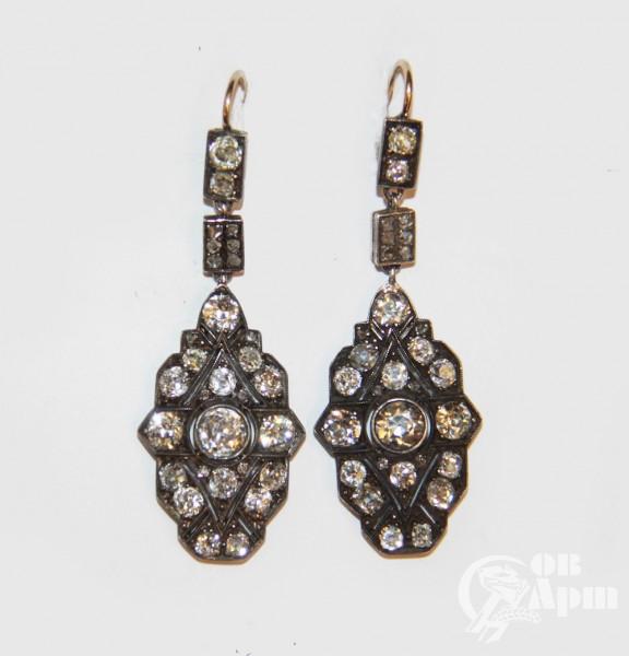 Серьги - подвески с бриллиантами