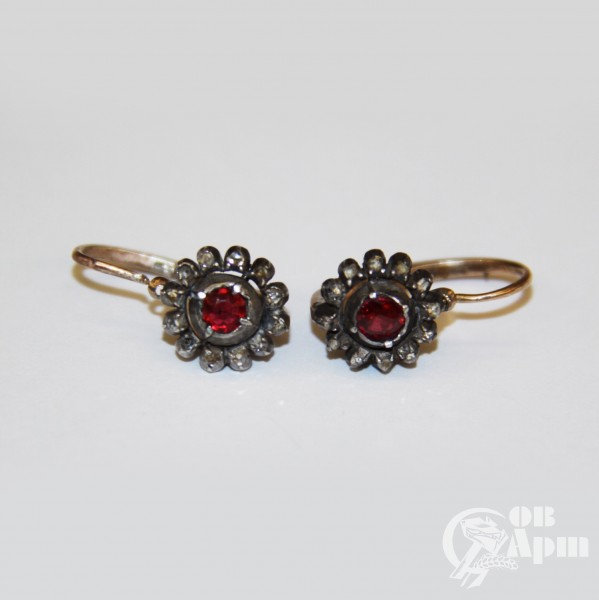 """Серьги """"Малинки"""" с алмазами и красным стеклом"""