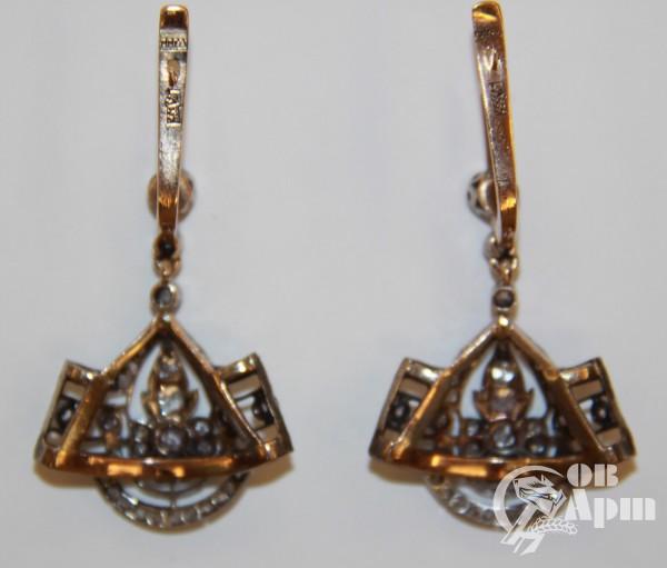 Серьги-подвески с алмазамии бриллиантами