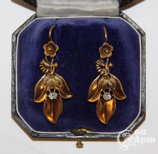 Серьги-подвески с бриллиантами фирмы Адлер