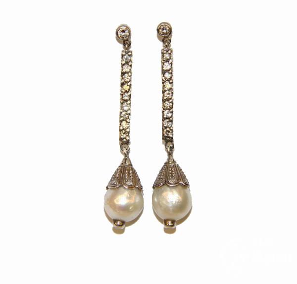 Серьги-пусеты с бриллиантами и жемчугом