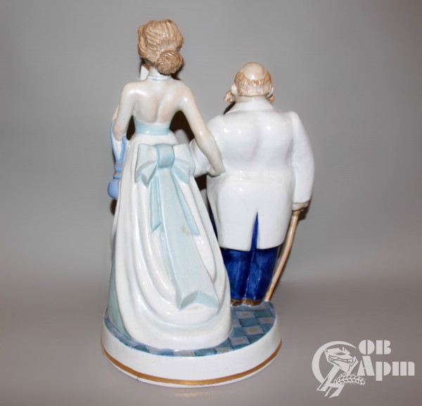 """Скульптура """"Анна на шее"""""""