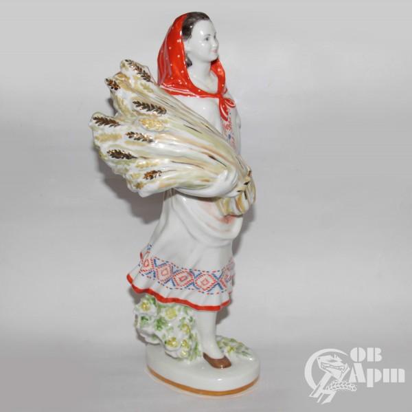 """Скульптура """"Белорусска"""""""