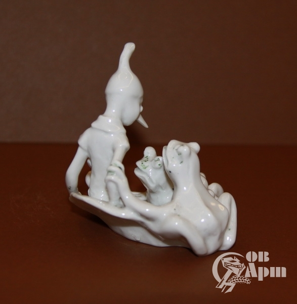 "Скульптура ""Буратино и две лягушки"""