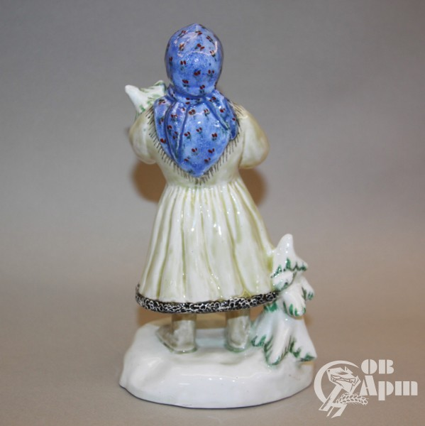 """Скульптура """"Девочка с ёлочкой"""""""