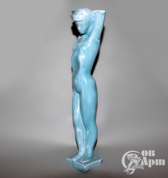 """Скульптура """"Девушка на ветру"""""""