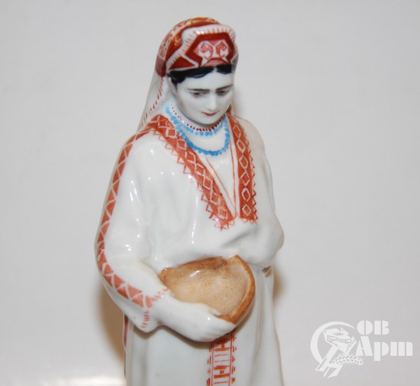 "Скульптура ""Эрзянка"""